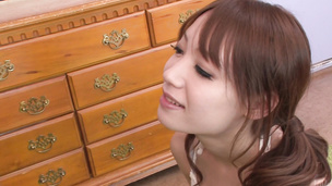 Teen Ayaka Fujikita loves giving a japanese blow job