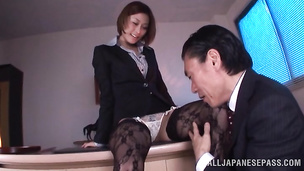 Appealing oriental Akari Asahina has a really perfect butt and loves to fuck