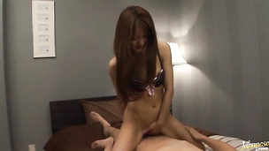 Lustful oriental Manami Suzuki stirs up interest of a lover and gives a ride
