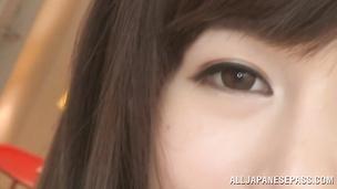 Raunchy floozy Yuumi Nagasaku adores what she can control the sex pace