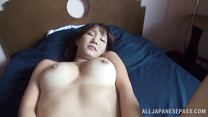 Oriental maid is sugary and enjoys riding a big tool