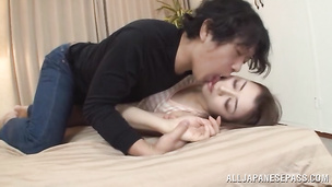 Japanese Maki Hokujo is a ravishing that loves oral sex